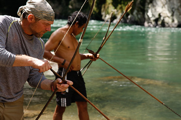 Les Stroud-Survivorman-Fishing