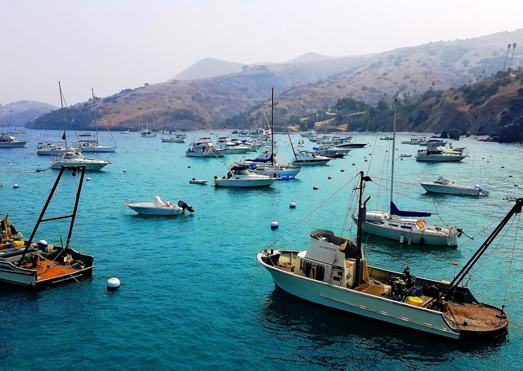 Two Harbors, Catalina