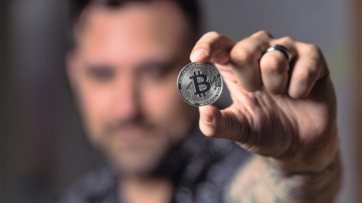 what is bitcoin and cryptocurrency