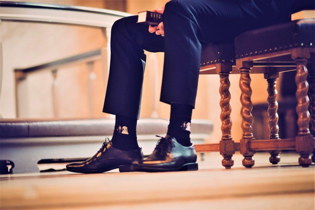 mens-socks-shoes